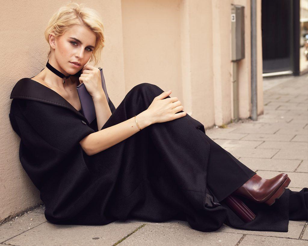 Caro Daur by Heidi Rondak for FACES Magazine
