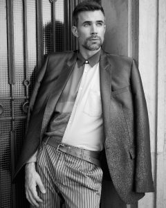 Male fashion editorial with actor Jo Weil by Heidi Rondak for Harbor Magazin