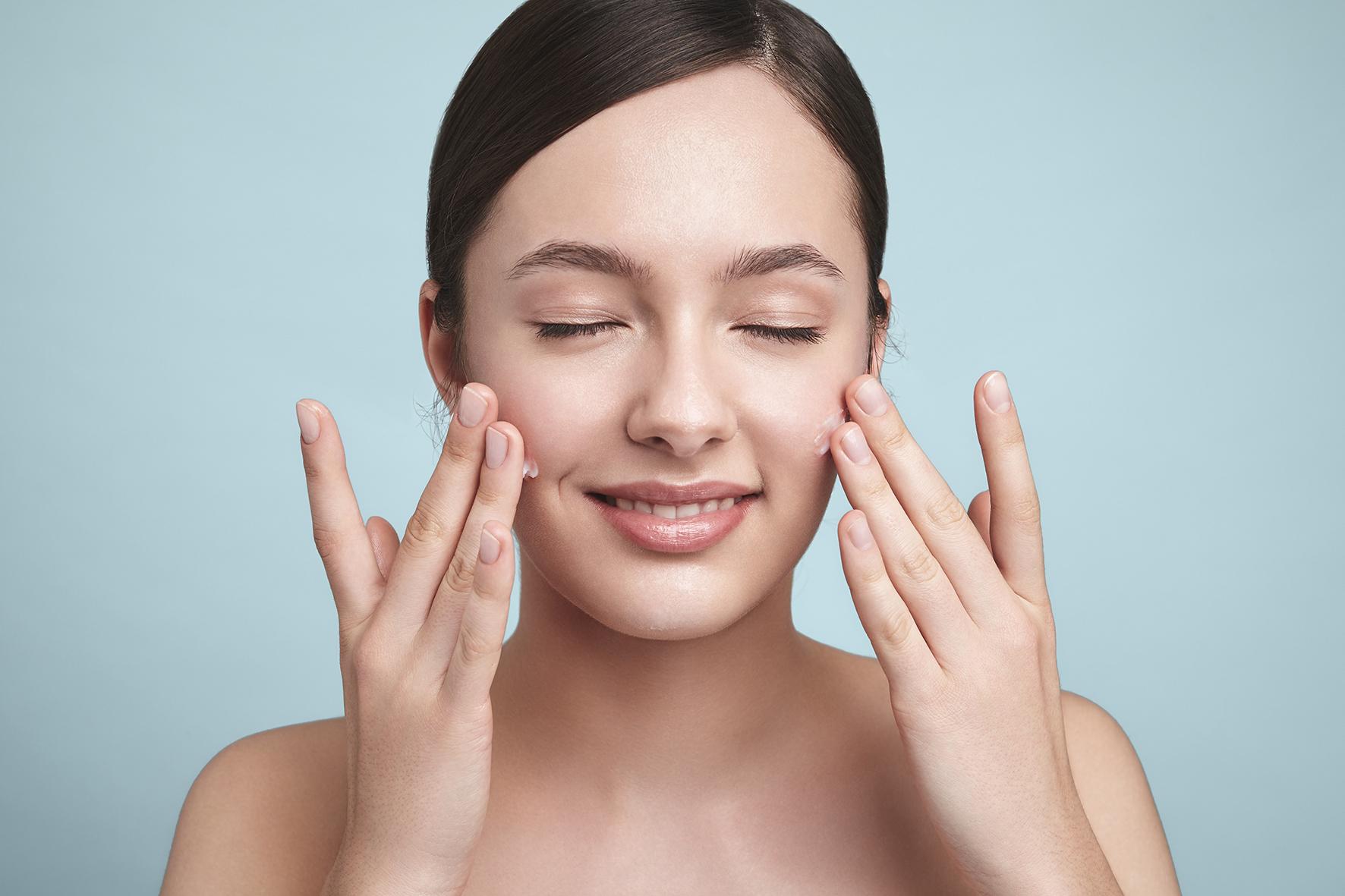 Glimyu by Gion Cosmetics – campaign by Heidi Rondak