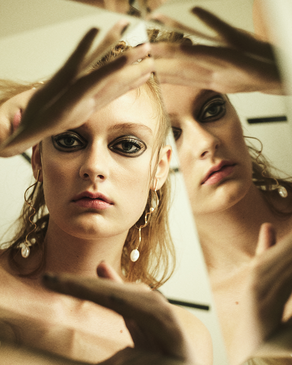 Beauty editorial with model Melody Prinz from Beauty Model Management Berlin by Heidi Rondak